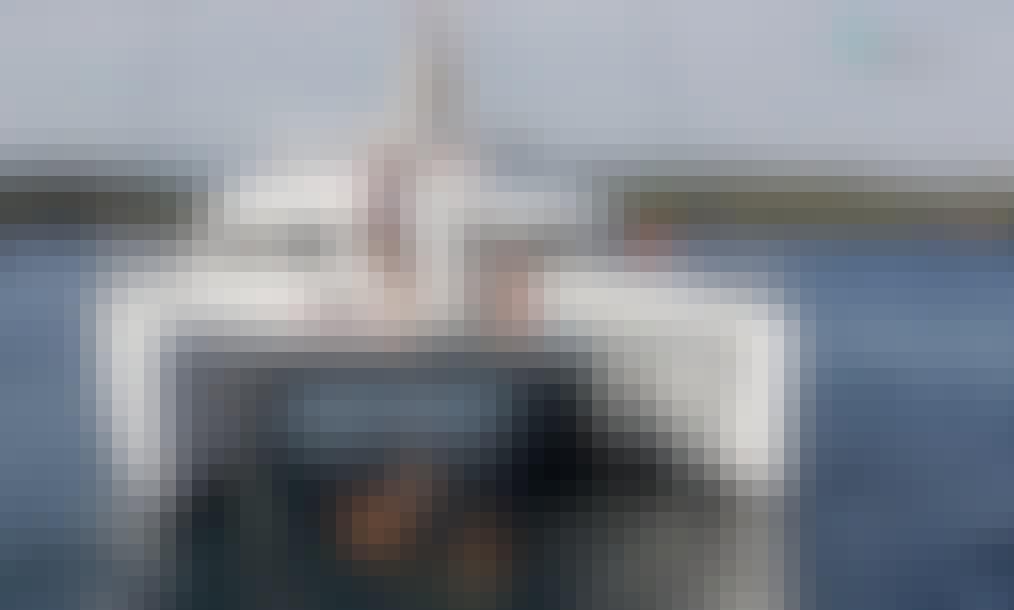 Cruising Catamaran Charter in Lisboa, Portugal