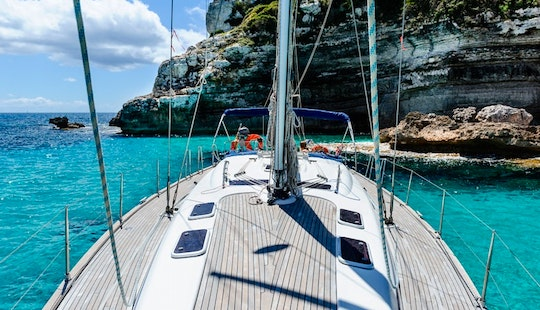 Skippered Charter On 33' Cruising Monohull For 10 People In Mallorca,  Spain