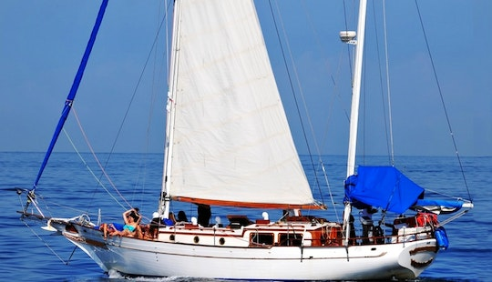Sailing Charter On 42' Ketch In Puerto Vallarta, Mexico