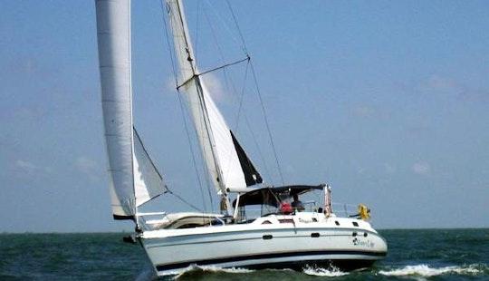 45' Hunter Cruising Monohull Charter In Puerto Vallarta, Mexico