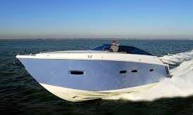 Motor Yacht Rental in palma de mallorca