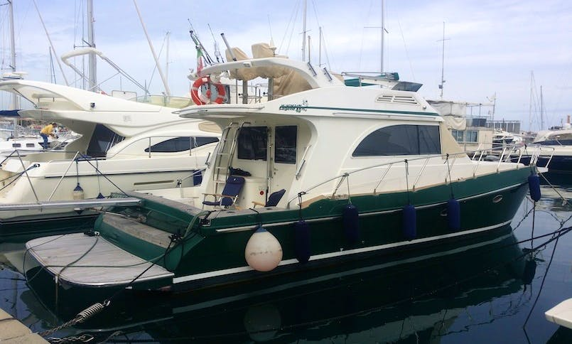 Charter Sagene 40 Fly Yacht In Vibo Valentia