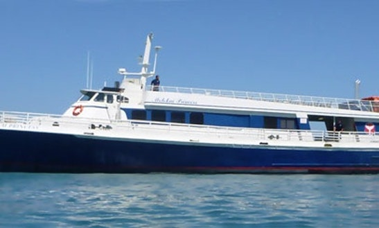 Ferry Boat Cruise In Lahaina