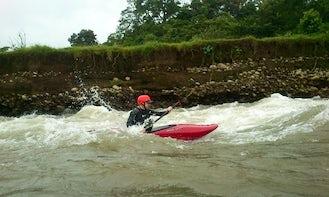 Kayaking In La Virgen