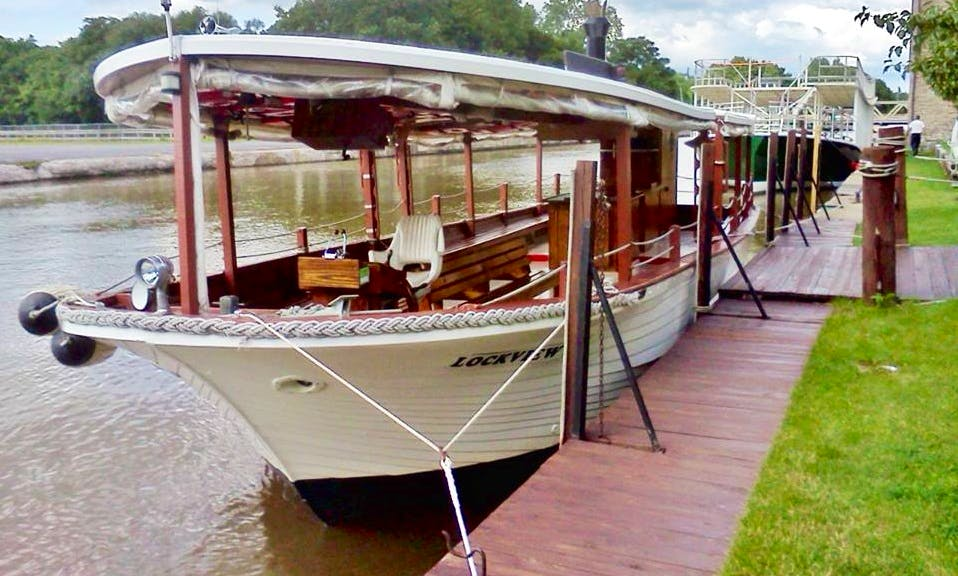 """Canal Cruise to Lockport's Famous """"Flight of Five"""" 1840's Locks on Erie Canal"""