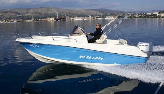 Hm 22 Open Boat Charter In Okrug Gornji