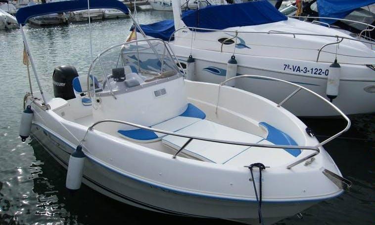 Quicksilver 525 Flamingo Boat Charter in Okrug Gornji
