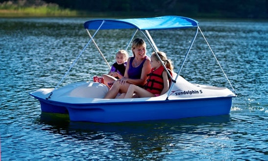 3 People Paddle Boat Rental In Clinton, New Jersey