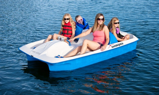 4 People Paddle Boat Rental In Clinton, New Jersey