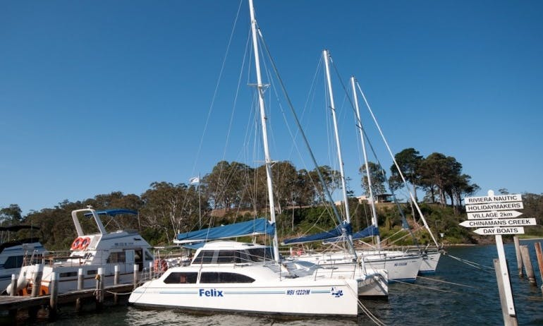 33' Cruising Catamaran Seawind 1000 Charter in Metung, Victoria