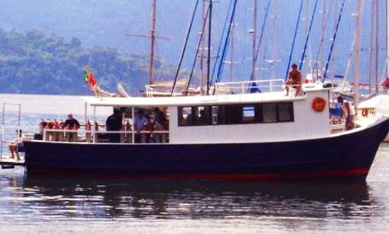 50' Dive Boat In Paraty