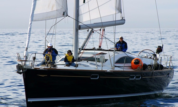 Jeanneau 54 Monohull for Rent in Mumbai | GetMyBoat