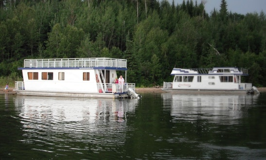 Unique Houseboat Vacation Rental In Saskatchewan, Canada