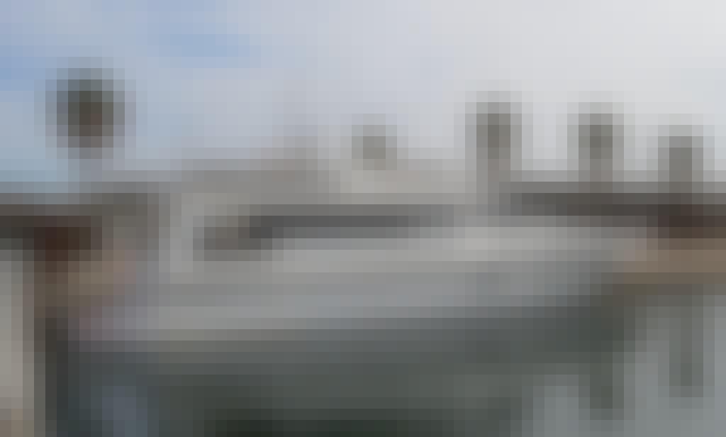 21m Motor Yacht MarinaBadalona Barcelona