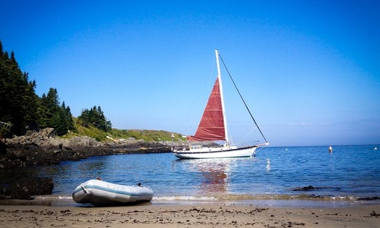 40' Sloop Charter In North Haven, Maine