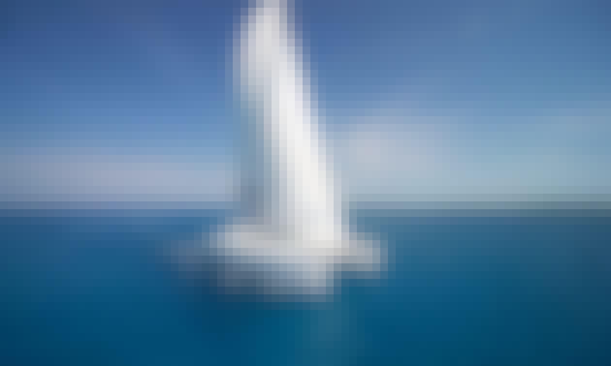 'Doris' Lagoon 500 Catamaran Charter in Belize