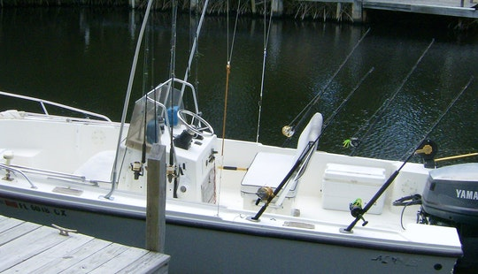 Key Largo Fishing Charter On Mako 20 Open Fisherman Boat With Captain Bob