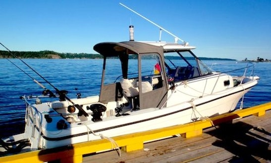 26' Head Boat Fishing Charter In Campbell River, Canada