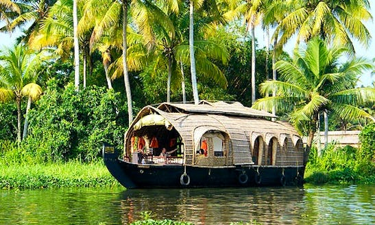 Experience The Most Exciting Houseboat Vacation In Kerala, India