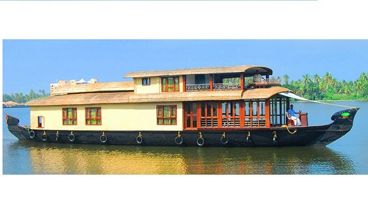 Four Bedroom Premium Houseboat for Rent in Alappuzha