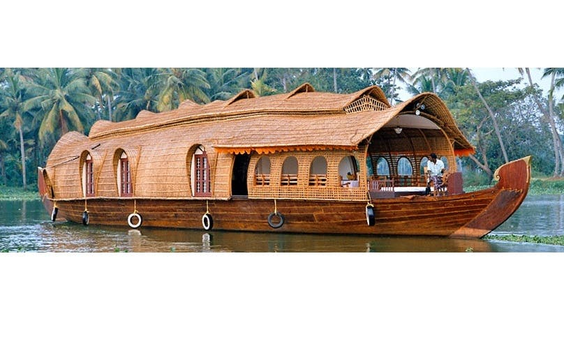 Seven Bedroom Houseboat for Rent in Aryad South