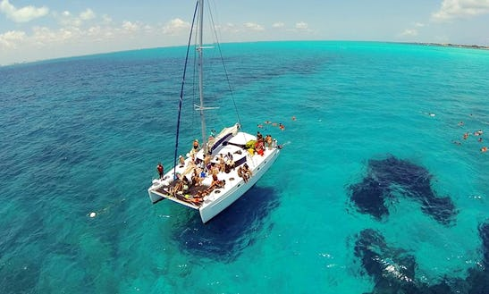 Lady Caroline 43' Catamaran Charter In Cancún, Mexico