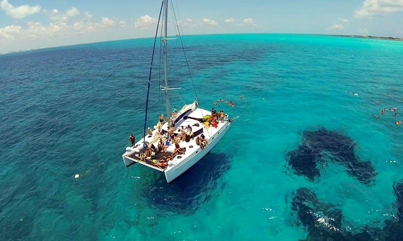 Lady Caroline 43' Catamaran Charter in Cancún, Mexico
