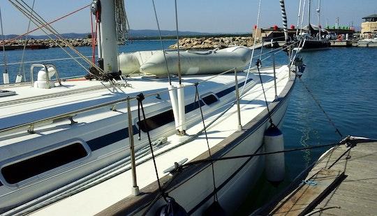 Cruising Monohull Rental In Castiglione Della Pescaia