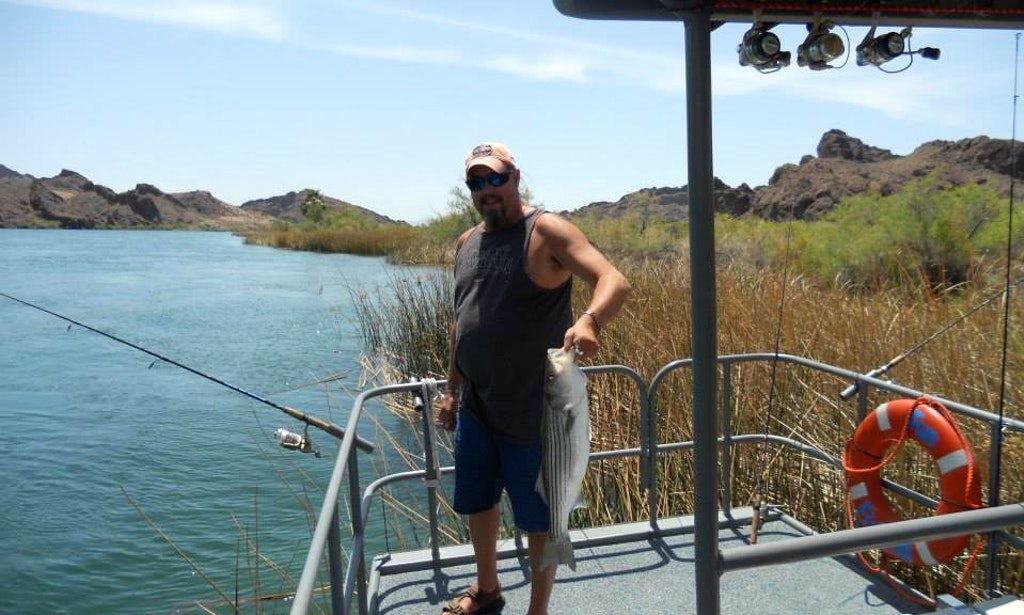 Guided fishing trip in topock getmyboat for Colorado one day fishing license