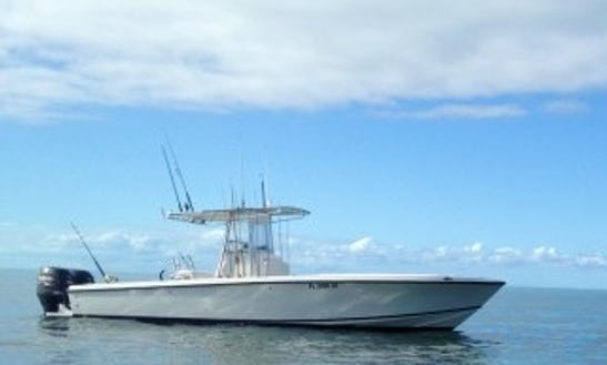 28' Center Console Fishing Charter In Marathon, Florida
