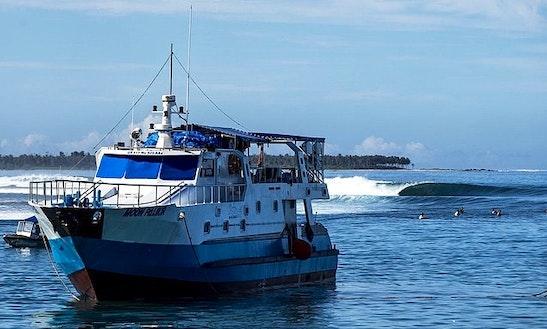 100' Passenger Boat