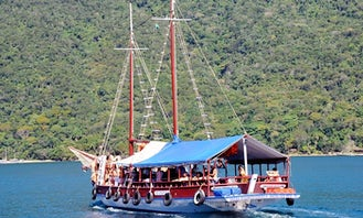 Perfect Gulet Cruise Experience in Angra dos Reis, Brazil