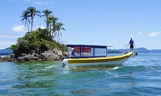 Angra dos Reis Boat Excursions for up to 30 People