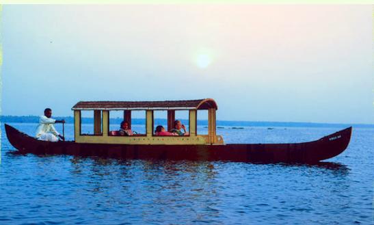 Canoe Trip Charter In Alappuzha
