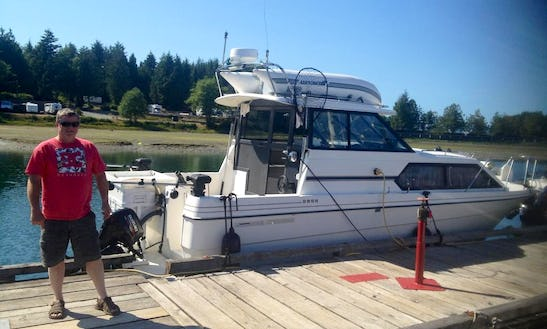 29' Bayliner Inshore & Offshore Fishing In Ucluelet, Canada