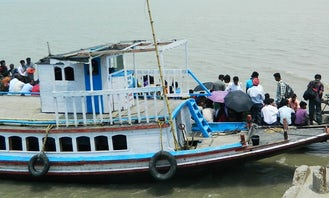 Charter a 20 People Passenger Motor Boat in Hanumangarh