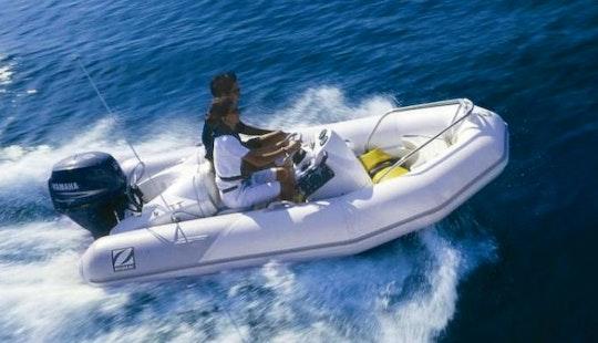 10' Zodiac Jet Boat Charter In Campbell River