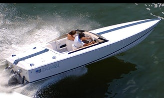 22' Donzi Speed Boat Charter in Campbell River, Canada