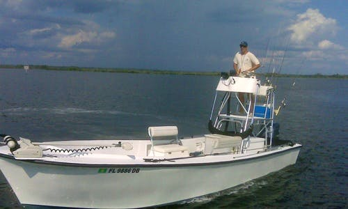 24' Center Console Fishing Charter In Crystal River, Florida
