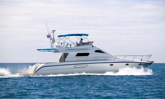 "48' Motor Yacht ""Champagne"" Charter in Muang Pattaya, Thailand"