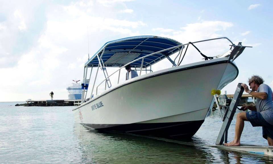 Boat Diving Charter in George Town, Cayman Islands