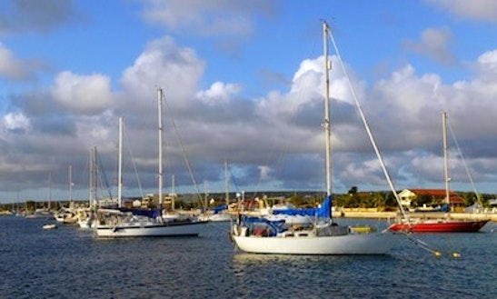 44'cruising Monohull Charter In Kralendijk, Caribbean Netherlands