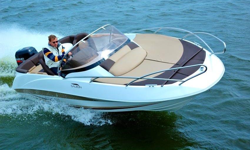 "18ft ""Galia 520"" Sundeck Bowrider Boat Rental in Sesto Calende, Lombardia"