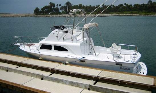 Enjoy fishing in cabo san lucas mexico on 28 39 cuddy cabin for San jose del cabo fishing charters