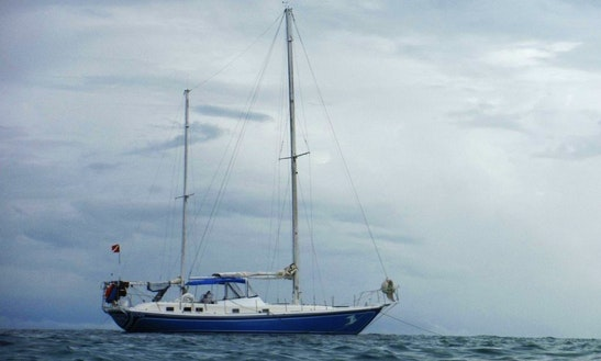 Cruising Monohull Charter In San Pedro, Belize