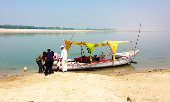Passenger Boat Rental In Varanasi