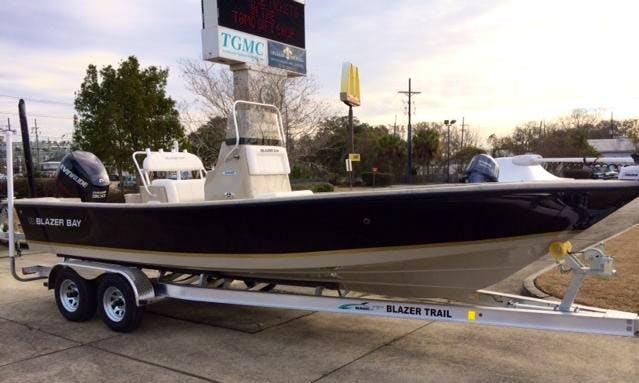 17ft Center Console Inshore Fishing Trip in Golden Meadow, Louisiana