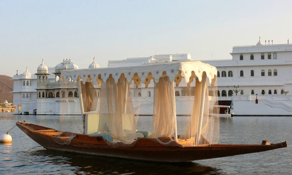 Paddle Boat Tours in Udaipur