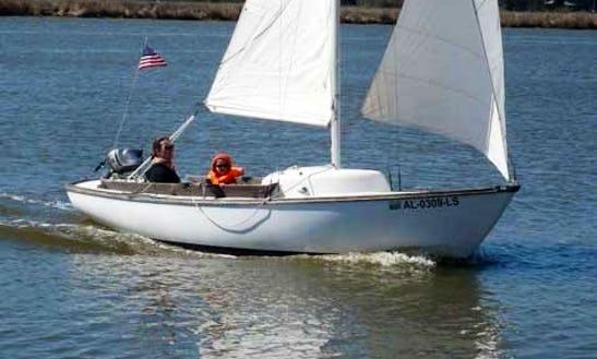 Rent 19' Cape Dory Daysailer-2 In Stonington, Maine