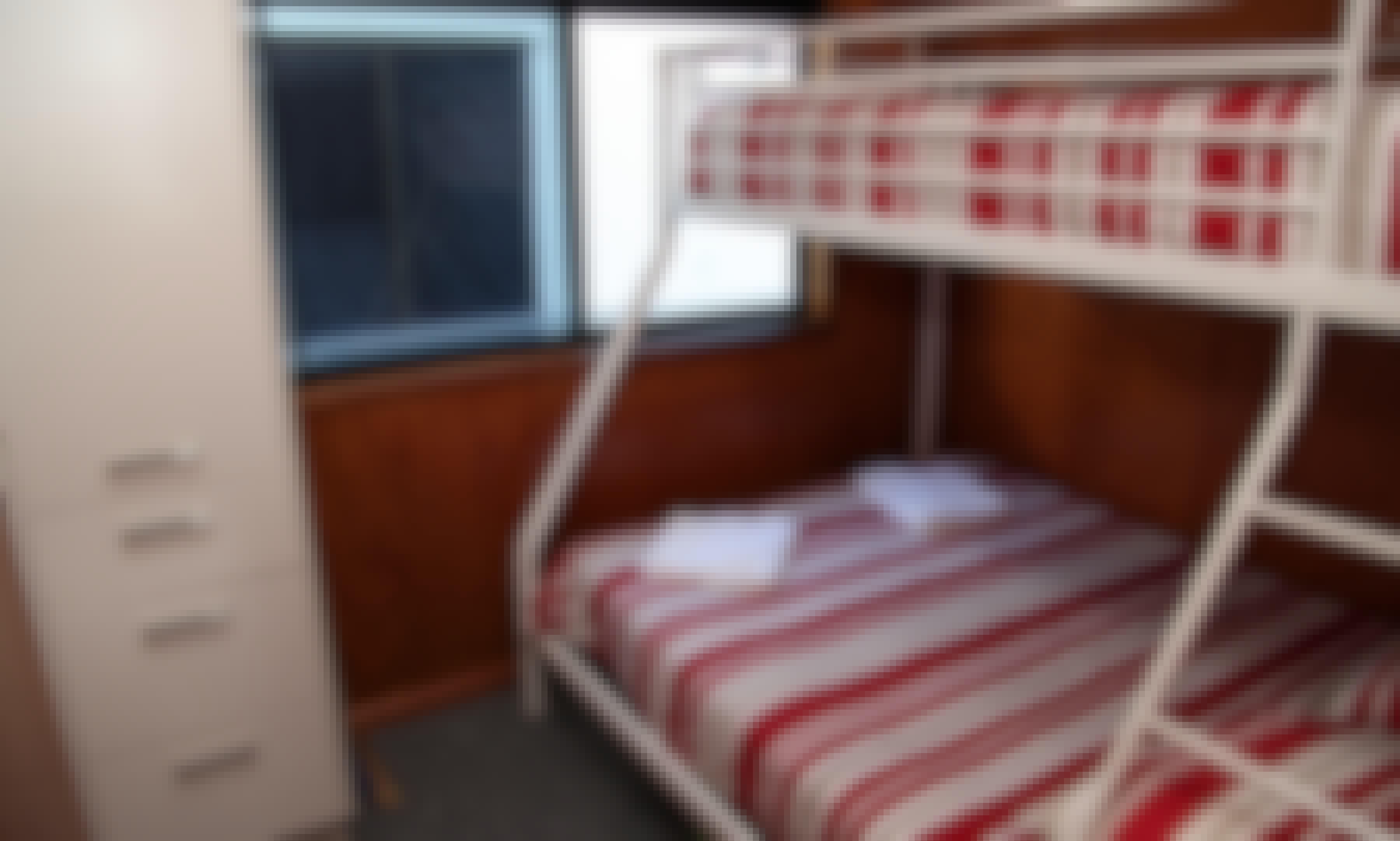 """Enjoy the """"Tweed Princess"""" Houseboat In Tweed Heads"""